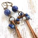 Szodalit és lápisz lazuli bőrrel- Réz fülbevaló, Valódi kövekből készült fülbevaló réz kieg...