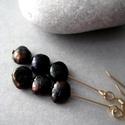 Fekete irizáló tenyésztett gyöngy goldfilled fülbevaló , Finom elegáns fülbevaló fekete irizáló gyöng...