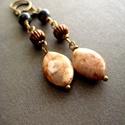 Natúr világos jáspis és lapis lazuli ásvány réz fülbevaló, Ékszer, Szépségápolás, Ruha, divat, cipő, Fülbevaló, Natúr színvilágú,világos, fényes felületű jáspis és kék lápisz lazuli ásvány fülbevaló réz kiegészít..., Meska