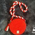 Piros-fehér kör alakú mini táska, Táska, Válltáska, oldaltáska, Azt mondják minden lánynak szüksége van egy piros táskára :) Miután elkészült, rájöttem, ..., Meska