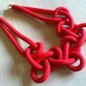 Bella piros nyaklánc