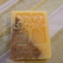 Mézes-narancsos szappan, Szépségápolás, Szappan, tisztálkodószer, Natúrszappan, Egészségmegőrzés, Szappankészítés, Ünnepre gondolva készítettem ezt a finom, fűszeres illatú szappant. A narancs és az akácméz ragyogó..., Meska