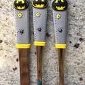 Batman mintás felnőtt evőeszköz szett, Baba-mama-gyerek, Konyhafelszerelés, Játék, Férfiaknak, Gyurma, Mindenmás, Batman felnőtt méretű evőeszköz szett, ami tökéletes ajándék bármilyen alkalomra, kicsiknek és nagy..., Meska