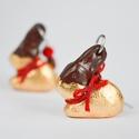 Lindt csokinyuszi fülbevaló, Süthető gyurmából, kézzel készült Lindt cso...