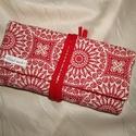 Textil ékszertartó piros-fehér, Ékszer, óra, Ékszertartó, Tüzes piros és mégis játékos szín összeállításban készítettem ez a darabot. Praktikus utazáshoz vagy..., Meska