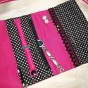 Textil ékszertartó pink-fekete koponyás
