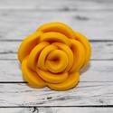 Elegáns napsárga rózsa gyűrű, Ékszer, óra, Gyűrű, Ékszerkészítés, Hőre keményedő gyurmából készült rózsa gyűrű. Elegáns, alkalmi viselet. A mérete állítható, átmérőj..., Meska