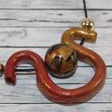 Elegáns, alkalmi csavart arany, piros nyaklánc , Ékszer, óra, Esküvő, Fülbevaló, Nyaklánc, Hőre keményedő gyurmából készült elegáns, alkalmi arany, piros színű nyaklánc, mely arany csillámmal..., Meska