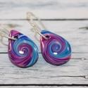 Mini csepp kék lila csepp fülbevaló, Ékszer, óra, Mindenmás, Fülbevaló, Hőre keményedő gyurmából készült mini csepp fülbevaló, hossz mindössze 1,7 cm.   Azoknak ajánlom aki..., Meska