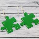 Sötétzöld puzzle fülbevaló, Ékszer, óra, Fülbevaló, Hőre keményedő gyurmából készült puzzle fülbevaló.  Hossza 2,5x2,5  Bármilyen színben rendelhető.  M..., Meska