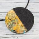 Elegáns kerek zöld, arany és fekete nyaklánc, Különleges technikával készült üveg hatású...
