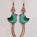 Kék madár, madár fülbevaló, madaras fülbevaló, bordó madaras fülbevaló, Ékszer, Fülbevaló, Kék madár. Kedves, vidám hangulatú madaras fülbevaló. A madár fejdísze illetve lábai vörösréz drótbó..., Meska