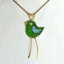 Zöld madár, tűzzománc nyaklánc, zöldike, madár nyaklánc, madár medál, madaras medál, madaras nyaklánc, galamb nyaklánc, Ékszer, Medál, Nyaklánc, Kedves, vidám hangulatú zöld madár medál, hosszú láncra fűzve. Tűzzománcból készült. A madár fejdísz..., Meska