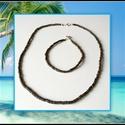 Kókuszdió fagyöngy karkötő és nyaklánc, Ékszer, Karkötő, Természetes kókuszdióhéjból készült gyöngyből fűzött karkötő.   Kérésre a méretet igényekhez igazítj..., Meska