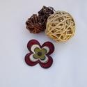 Virágos kitűző, Ékszer, Magyar motívumokkal, Bross, kitűző, Kokárda, Ezt a kis virágot bőrből készítettem.   A virág átmérője 6,5 cm , Meska