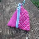 Pink-virágos pénztárca, Táska, Pénztárca, tok, tárca, Pénztárca, Erszény, Varrás, Pink, és pink alapon virág mintás pamut vászonból készítettem ezt a pénztárcát, tasit.  Tartsd benn..., Meska