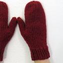 Tonto- egyujjas kesztyű. Meleg, puha és vastag kötött kesztyű, Ruha, divat, cipő, Kendő, sál, sapka, kesztyű, Kesztyű, Kötés, Nagyon szép bordó színű fonalból készült ez a kötött, puha, meleg egyujjas kesztyű.  Egész télen me..., Meska