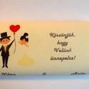 Köszönetajándék csokoládé esküvőre - pár szívvel, Esküvő, Meghívó, ültetőkártya, köszönőajándék, Papírművészet, Rendelésre készült köszönetajándék csokoládé. A nevetekkel, monogramotokkal, bármilyen mintával és ..., Meska