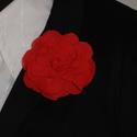 Virág kitűző , Dekoráció, Esküvő, Ruha, divat, cipő, Muszlin virág kitűző piros színben brosstűvel ellátva zakóra,ruhára,táskára,lakás dekorá..., Meska