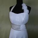 Fehér menyasszonyiruha méretre rendelésre, Esküvő, Ruha, divat, cipő, Menyasszonyi ruha, Esküvői ruha, Varrás, A-vonalú hosszú menyasszonyi ruha, levehető nyakpánttal.  Ruha fehér muszlinból és szaténból készül..., Meska