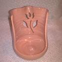 Fakanáltartó, Konyhafelszerelés, Vörösagyagból készítettem, áttörve mintáztam. Főzés közben nagyon praktikus, van hova ten..., Meska