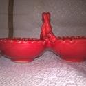 Só-bors tartó, Konyhafelszerelés, Vörös agyagból készítettem, piros mázzal mázaztam. Mérete: 13x6x6 cm. Amennyiben van készle..., Meska