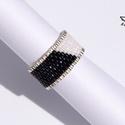Black and White gyűrű, Ékszer, Gyűrű, Klasszikus stílusú, Black&White  ékszert készítettem egy kis ezüst szín kombinálásával. A gyűrűt fek..., Meska