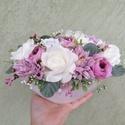 Szépséges asztaldísz, Otthon & Lakás, Dekoráció, Asztaldísz, Virágkötés, 24 x 16 cm-es szépséges asztaldísz Fehér műanyag csónak kaspót különböző selyemvirágokkal és zöldek..., Meska