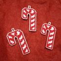 Karácsonyi nyalóka, Dekoráció, Karácsonyi, adventi apróságok, Ünnepi dekoráció, Karácsonyi dekoráció, Hímzés, A díszeket keresztszemes hímzéssel, kézzel készítettem. Műanyag alapra készültek, mely megfelelő ta..., Meska