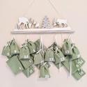 Adventi naptár, Halvány zöld és fehér színek dominálnak ezen...