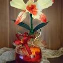 Cattleya orchidea (sárga), Dekoráció, Papírművészet, Virágkötés, Az orchideák számtalan színben és formában gyönyörködtetnek bennünket.  Ez a Cattleya orchidea kézz..., Meska
