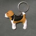 Beagle kutya kulcstartó , Állatfelszerelések, Mindenmás, Férfiaknak, Kulcstartó, Varrás, Ez a kutyus már gazdára talált, de ha megtetszik szívesen elkészítem Neked is.  100%-ig. kézzel var..., Meska