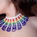 Gyöngy nyakék , Ékszer, Nyaklánc, Kásagyöngyből készített, 0,25-ös damilra fűzött színes nyakék.  Különleges darab ami a l..., Meska