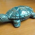 Teknős figura, Dekoráció, Dísz, Kerámia, A teknős a feng shuiban az egészséges élet szimbóluma. Ajándékozd meg vele szeretteidet, barátaidat..., Meska