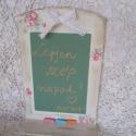 virágos üzenőtábla, Konyhafelszerelés, Otthon, lakberendezés, Mindenmás, Kedves virágos üzenőtábla,krétával írkálhatsz rá üzeneteket!:) A hátlap 30 x 20 cm. A polcocska 5 cm..., Meska