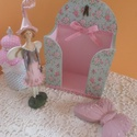 babás rózsás zsebkendőtartó , Baba-mama-gyerek, Gyerekszoba, Akár kislány,akár nagylány szobájába való édes kis 50 db-os  zsepitartó.Tetején apró balett cipőcske..., Meska