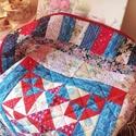 Takaró, Otthon, lakberendezés, Lakástextil, Takaró, ágytakaró, Patchwork, foltvarrás, 110x150cm nagyságú takaró. Teljesen kézzel varrt eredeti patchwork takaró. Piros, fehér, kék színko..., Meska