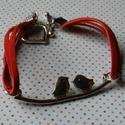 Szerelmes madarak vörös velúr karkötő