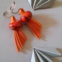 Narancs legyező fülbevaló, Ékszer, óra, Fülbevaló, Narancssárga lapított műbőr velúrszálból készült antikolt bronz színű szerelékekkel és ..., Meska