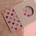 ECO négyzetes napló/vendégkönyv/emlékkönyv védőtokkal,pink/lila pöttyös, feliratos-újrahasznosított papírból, Otthon & lakás, Naptár, képeslap, album, Jegyzetfüzet, napló, Újrahasznosított papírból készült környezetbarát napló / vendégkönyv / emlékkönyv VÉDŐTOKKAL - Notes..., Meska