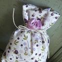 Purple flowers illatpárna, Dekoráció, Otthon, lakberendezés, Varrás, Saját kertemben termesztett 100%-os tartalmú levendulával töltött illatpárnáim lehetnek lakásának, ..., Meska