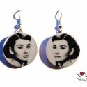 """Audrey Hepburn fülbevaló -\\\\\\\""""Dívák\\\\\\\"""" sorozat, Ékszer, Az őzikeszemű Audrey Hepburn sokunk kedvence. Íme, fülbevalón. Ha épp nem valamelyik filmjét nézed, ..., Meska"""
