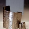 Koranyag Szett, karkötő és gyűrű, A szettet alkotó gyűrűt és karkötőt koranyag...