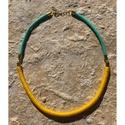 Nyaklánc sárga betéttel, Rendkívül nőies ez az 50 cm hosszú nyaklánc, ...