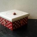 Katicabogárka..., Kedves piros, pöttyös dobozka... egy kedves kis ...