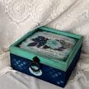 KÉKRózsás..., Otthon, lakberendezés, Dekoráció, Ékszer, Ékszertartó, Ez egy 17X17X8 cm-es antikolt dobozka... ékszereknek, apróságoknak..., Meska