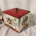 Karácsonyi dobozka... II., Dekoráció, Karácsonyi, adventi apróságok, Otthon, lakberendezés, Ünnepi dekoráció, Tárolóeszköz, Decoupage, transzfer és szalvétatechnika, Festett tárgyak, Karácsony illatú kekszes dobozka... :) Mérete:12x12x10 cm, Meska