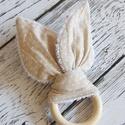 Fakarikás rágóka, Bézsszínű fehér pöttyös nyuszifüles textil ...