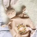 Nyuszis szundi kendő, Vékony vászonból és pihe puha plüss textilbő...