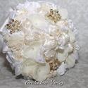 Menyasszonyi csokor,örökcsokor., Dekoráció, Esküvő, Esküvői csokor, Esküvői dekoráció, Virágkötés, Örökké tartó csokrok.   Gyönyörű vintage menyasszonyi csokor,csipkével,szaténnal,muszlinnal,virágok..., Meska